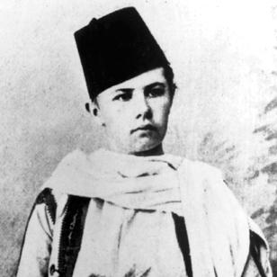 Isabelle Eberhardt as Si Mahmoud Essadi