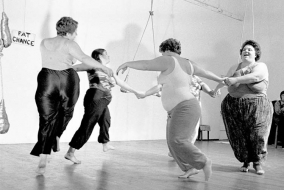 Fat Chance dances in Berkeley: Lynn Ellen Marcus, Hannah Martine, Martha Courtot (hidden), Judy Freespirit, Leah Kushner, 1979. (Photo © Cathy Cade)